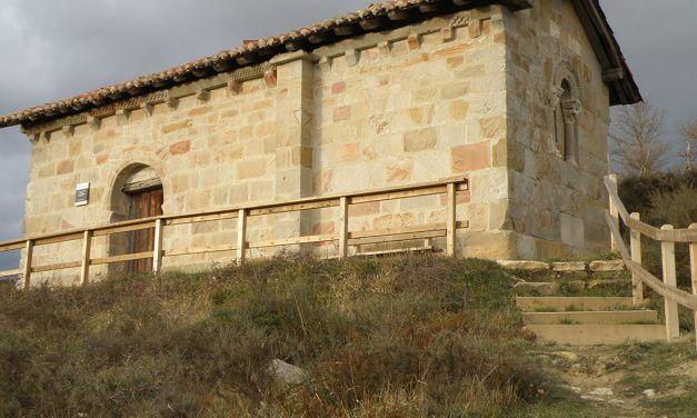 La portada inadvertida de la ermita de San Juan de Amamio