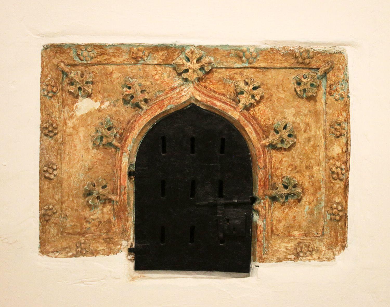 Credencia Iglesia : Iglesia de san román ezkerekotxa Álava medieval erdi aroko