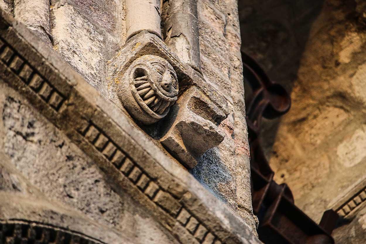 """Vídeo de la conferencia de Yésica Ruiz Gallegos: """"La aparición del juicio del alma en el arte del nordeste de la Corona de Castilla a finales de la Edad Media"""""""